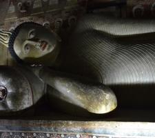 spici-buddha-v-dambulla